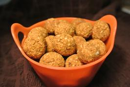 Harvest Pumpkin Ball Dog Treats